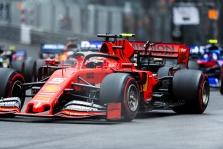S. Vettelis ramina gerbėjus: neplanuoju sustoti