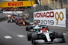 """""""Mercedes"""" lieka """"Formulėje-1"""" mažiausiai iki 2025 metų"""
