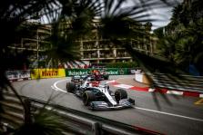 """L. Hamiltonas Kanadoje tikisi naudoti patobulintą """"Mercedes"""" variklį"""