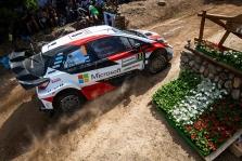 """<span style=""""background:#000000; color:white; padding: 0 2px"""">WRC</span> Sardinijos ralyje O. Tanakas tolsta nuo varžovų"""