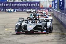 "<span style=""background:#009696; color:white; padding: 0 2px"">FE</span> Niujorke triumfavo S. Buemi, ""Nissan"" iškovojo pirmąją pergalę"