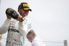 N. Rosbergas L. Hamiltoną laiko talentingiausiu pilotu F-1 istorijoje
