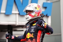 Įvykių nestokojusiose lenktynėse Vokietijoje triumfavo M. Verstappenas
