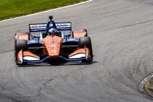 """<span style=""""background:#3f3f3f; color:white; padding: 0 2px"""">IndyCar</span> Mid-Ohajaus trasos paskutiniuose metruose pergalę iškovojo S. Dixonas"""