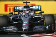 """""""Mercedes"""": varžovai daug greitesni"""