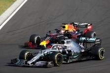 M. Verstappenas: šiuo metu rikiuotėje turime tris ar keturis pilotus, kurie yra panašaus pajėgumo kaip Hamiltonas