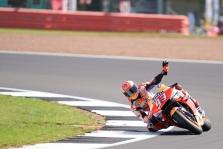 """<span style=""""background:#d5002c; color:white; padding: 0 2px"""">MotoGP</span> Silverstoune - ketvirtoji iš eilės M. Marquezo """"pole"""""""