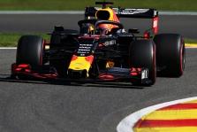 """M. Verstappenas lenktynėse tikisi pakovoti su """"Mercedes"""" pilotais"""