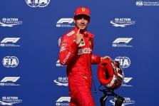 C. Leclercas tikisi sunkių lenktynių Singapūre