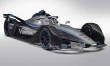 "<span style=""background:#009696; color:white; padding: 0 2px"">FE</span> ""Mercedes"" oficialiai pristatė savo pirmąjį ""Formulės-E"" bolidą"