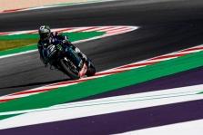 """<span style=""""background:#d5002c; color:white; padding: 0 2px"""">MotoGP</span> Misano trasoje """"pole"""" iškovojo M. Vinalesas"""