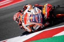 """<span style=""""background:#d5002c; color:white; padding: 0 2px"""">MotoGP</span> Misano trasoje paskutiniame rate pergalę išplėšė M. Marquezas"""