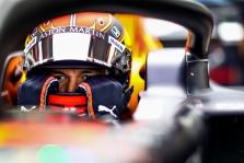 A. Albonas po pergalės virtualiose lenktynėse kalbėjo apie didžiulę įtampą, C. Leclercas liko nusivylęs pasirinkta strategija