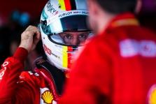 """B. Ecclestone'as: tarp S. Vettelio ir """"Ferrari"""" nebuvo tos magijos, kuria galėjo pasigirti M. Schumacheris"""