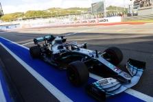 """L. Hamiltonas: """"Ferrari"""" tapo stipresnė ir tai gerai mūsų sportui"""