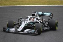 """Mercedes"" svarstė nekviesti L. Hamiltono antrajam sustojimui"