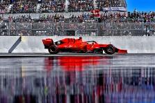 """M. Hughesas: ar legalūs """"Ferrari"""" varikliai?"""