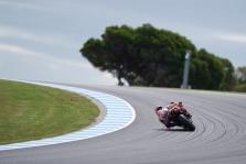 """<span style=""""background:#d5002c; color:white; padding: 0 2px"""">MotoGP</span> Kvalifikaciniai važiavimai Australijoje atšaukti dėl prastų oro sąlygų"""