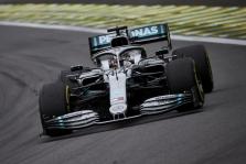 "L. Hamiltonas: galia nusileidome ""Red Bull"" ir ""Ferrari"""