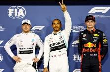 """Paskutinėje sezono kvalifikacijoje """"pole"""" iškovojo L. Hamiltonas"""