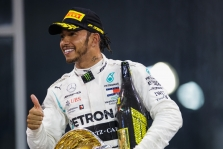 "T. Wolffas: 75 proc. tikimybė, kad L. Hamiltonas liks ""Mercedes"""