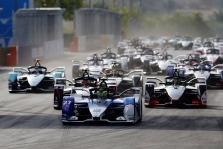 """A. Agagas: """"Formulės-E"""" ir """"Formulės-1"""" susijungimas įmanomas ateityje"""