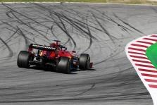 Priešpaskutinę bandymų dieną greičiausias S. Vettelis