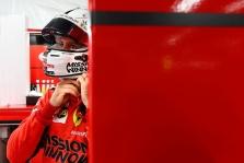 """R. Schumacheris: S. Vettelis lieka """"Ferrari"""" komandoje arba apsikeičia vietomis su L. Hamiltonu"""