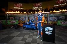 "<span style=""background:#3f3f3f; color:white; padding: 0 2px"">IndyCar</span> 2020 m. sezoną S. Dixonas pradėjo pergale"