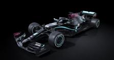 """""""Mercedes"""" stoja į kovą su rasizmu: artėjantį sezoną lenktyniaus juodais bolidais"""