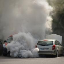 Naujas automobilių taršos mokestis gali būti taikomas jau kitais metais