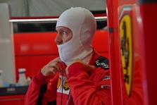 """S. Vettelis neatsisakytų galimybės sugrįžti į """"Red Bull"""""""