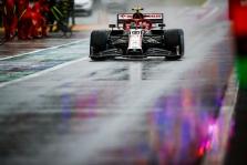 A. Giovinazzi skirta trijų starto pozicijų bauda, R. Grosjeanas startuos iš techninio aptarnavimo zonos