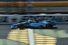 "<span style=""background:#3f3f3f; color:white; padding: 0 2px"">IndyCar</span> Ajovoje - pirmoji C. Daly ""pole"""