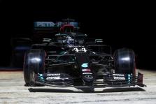"""T. Wolffas neigia kalbas apie galimą """"Mercedes"""" komandos pardavimą"""