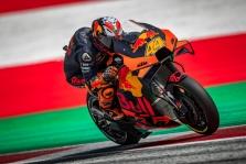 """<span style=""""background:#d5002c; color:white; padding: 0 2px"""">MotoGP</span> Štirijos GP lenktynes iš """"pole"""" pradės P. Espargaro"""