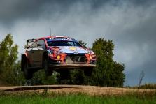 "<span style=""background:#000000; color:white; padding: 0 2px"">WRC</span> Estijos ralyje - O. Tanako triumfas"