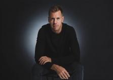 "Oficialu: S. Vettelis kitą sezoną gins ""Aston Martin"" garbę"