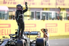 R. Schumacheris: Hamiltonas - geriausias dabartinės kartos lenktynininkas