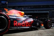 """""""Red Bull"""" išlaidos pernai viršijo 300 mln. JAV dolerių"""
