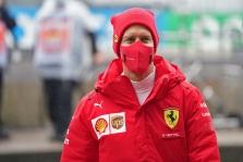 J. Stewartas: norėčiau, kad Vettelis užbaigtų karjerą