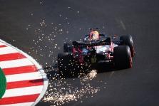 """M. Verstappenas: nuo """"Mercedes"""" atsilikome labai daug"""