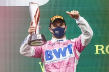"""Nepasirašęs sutarties su """"Red Bull"""", S. Perezas praleis kitų metų sezoną"""