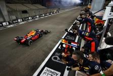 """J. Verstappenas: gali būti, kad """"Red Bull"""" mašina yra blogesnė nei """"Ferrari"""""""