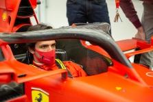 """C. Sainzas """"Ferrari"""" bolidą išbandys kitą savaitę"""