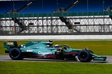 """""""Aston Martin"""" naudos praėjusių metų """"Mercedes"""" pakabą"""