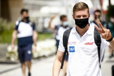 M. Schumacheris: galvoje turiu susikurti savo lygos lenktynes