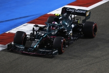 N. Rosbergas tiki S. Vettelio pajėgumu