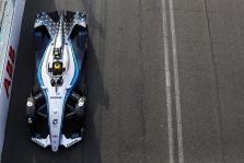 """FE. Romoje """"pole"""" poziciją iškovojo S. Vandoorne'as"""