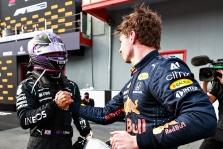 D. Hillas: Lewisas ir Maxas toliau atiminės vienas iš kito taškus